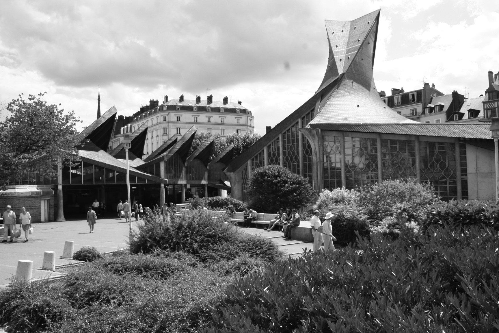 Kyrkan vid platsen där Jeanne d'Arc brändes på bål 1431