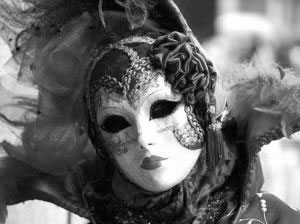 Kvinnlig venetiansk mask
