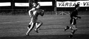 Hanna spelar fotboll