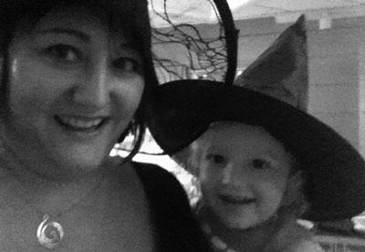 Jag och Hugo på Halloweenfest på riksdagen