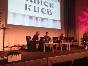 Oksana Zabuzjko pratar engagerat om situationen i Ukraina