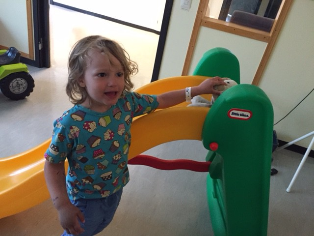 Hugo i Huddinge sjukhus lekrum