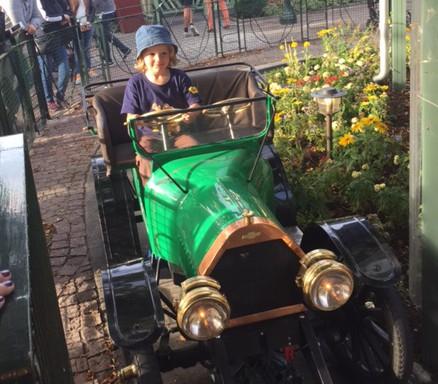 Hugo gör veteranbil