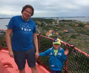 Pappa och Hugo i Landsorts fyr