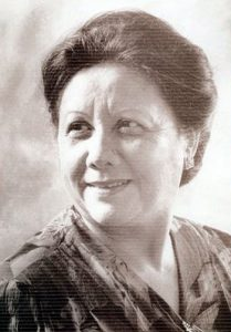 Esther Nirina