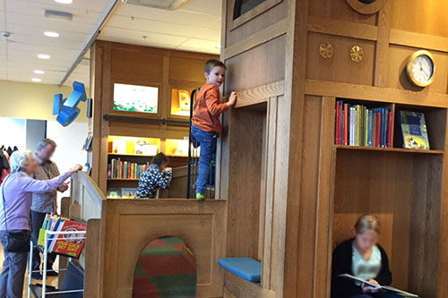 Hugo på Rum för barn