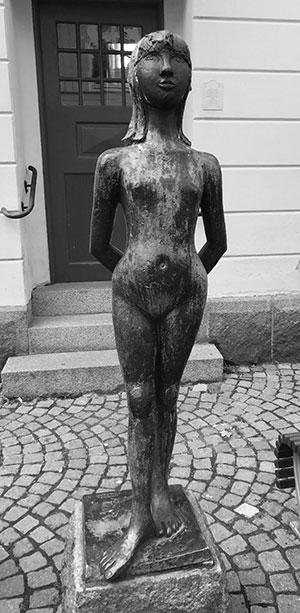 Gunnel Fribergs skulptur i Eksjö