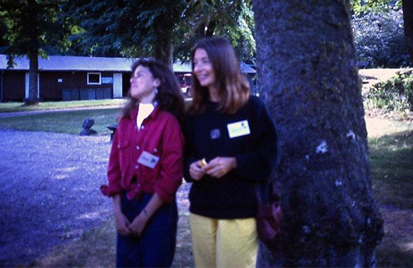 Cannie och Sara Möller på skivarlägret i Sjölunda 1992