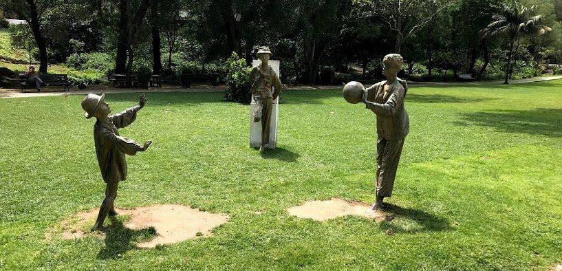 Konstverk i park i Cascais