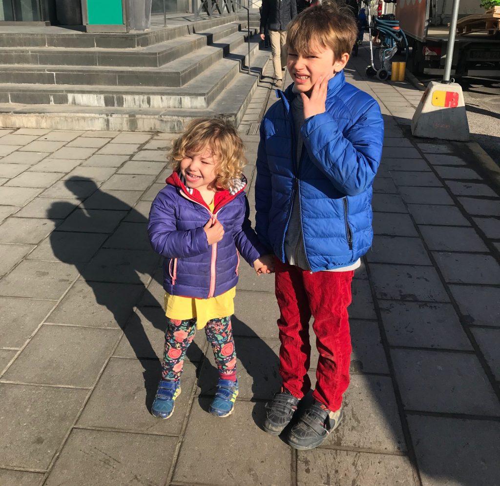 Hugo och Selma på Stockholm Central