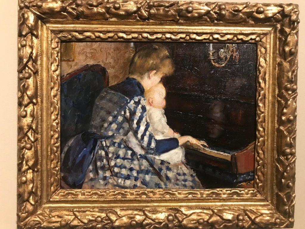 Vid pianot av Mina Carlson-Bredberg
