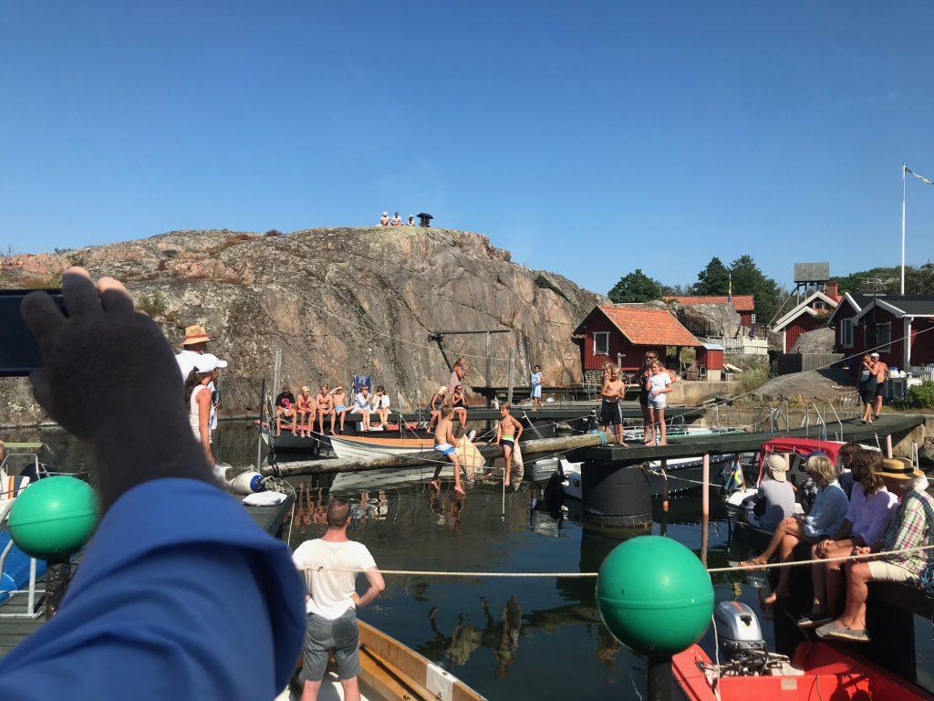 Sommarfest på Landsort med stångfajt