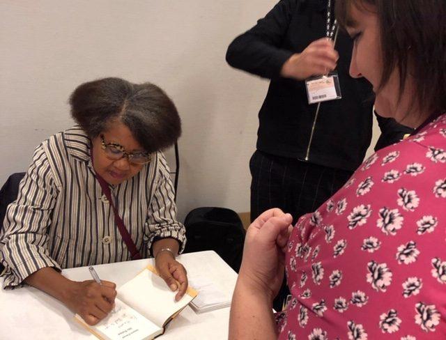 Jamaica Kincaids autograf på bokmässan 2019